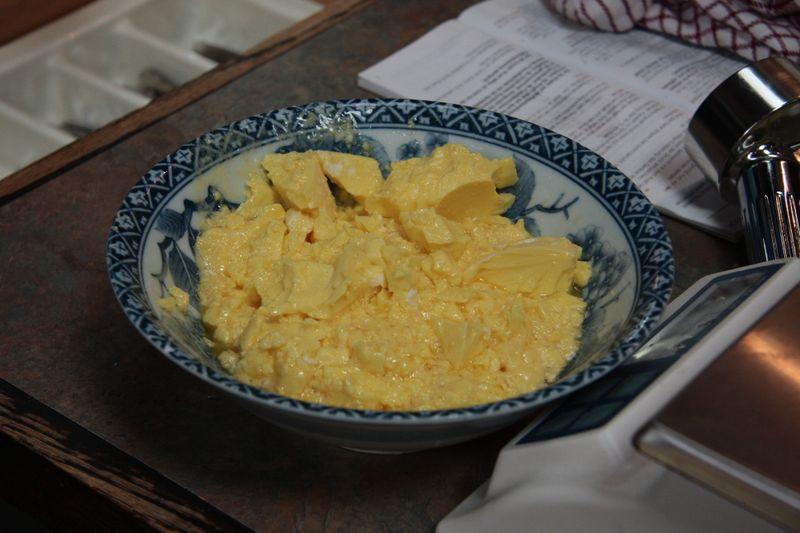 Isi scrambled eggs 2