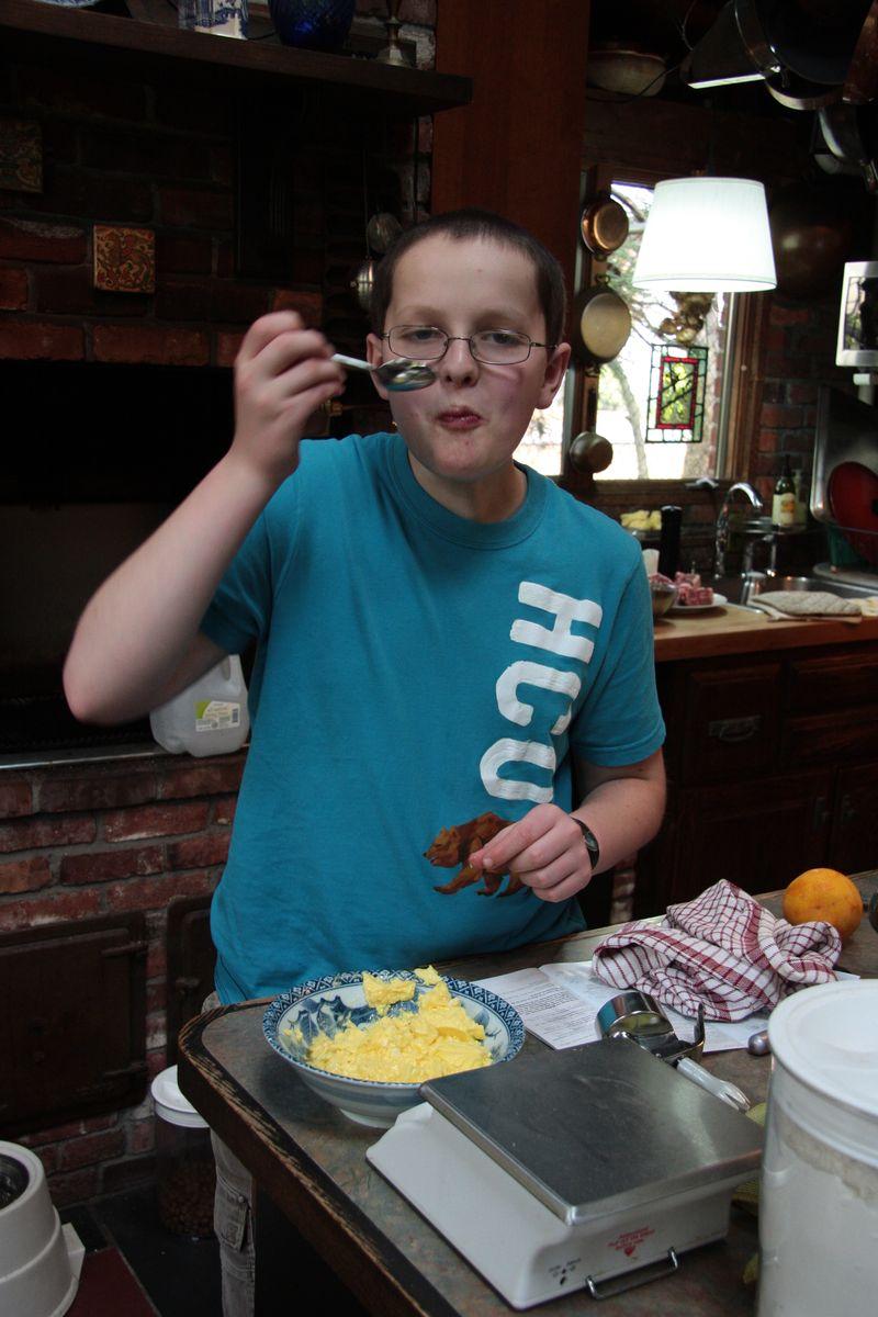 Isi scrambled eggs 3
